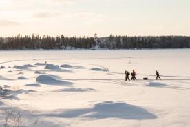 Vid Öjskat-bron fanns det fiskefolk på isen