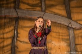 Katarina Barruk sjunger